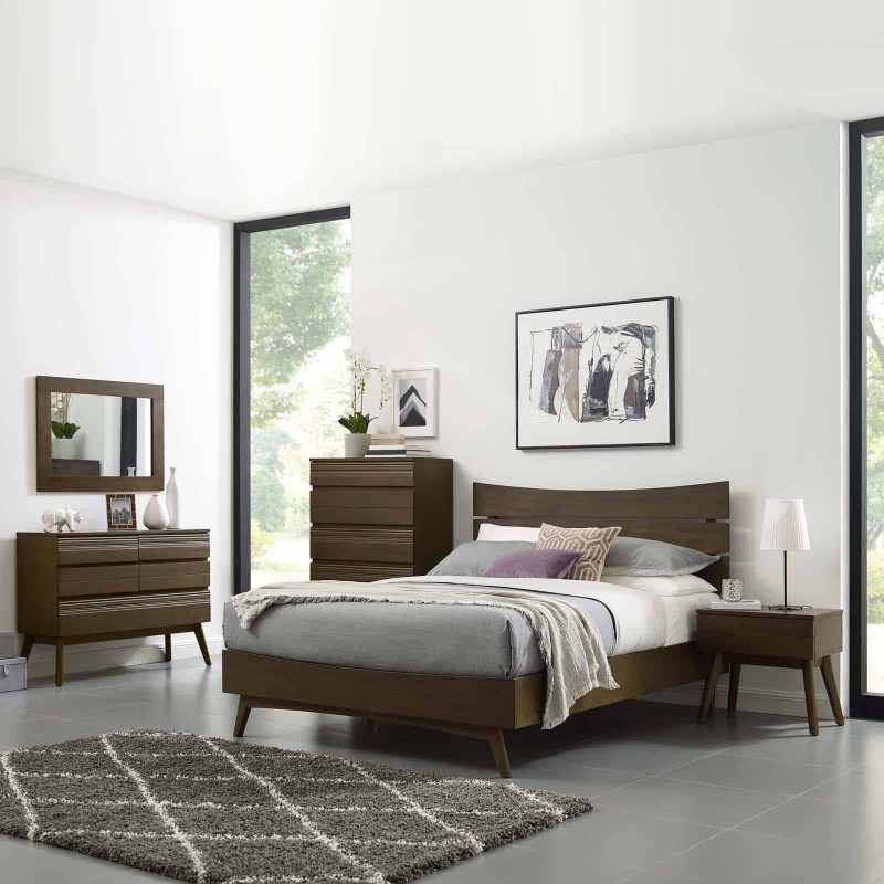 Everly Queen Wood Bed in Walnut