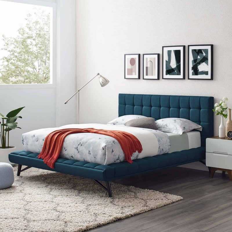 Julia Queen Biscuit Tufted Upholstered Fabric Platform Bed in Blue