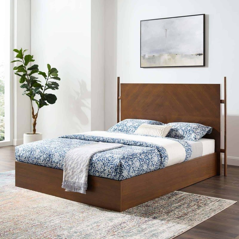 Kali Wood Queen Platform Bed in Walnut