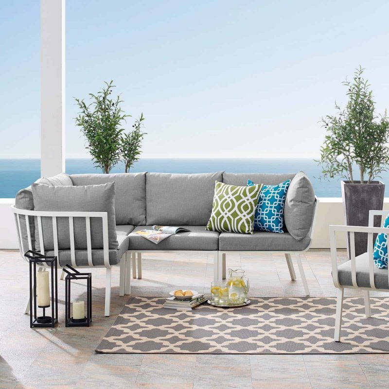 Riverside 4 Piece Outdoor Patio Aluminum Sectional in White Gray