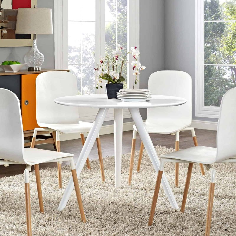"Lippa 36"" Round Wood Top Dining Table with Tripod Base in White"