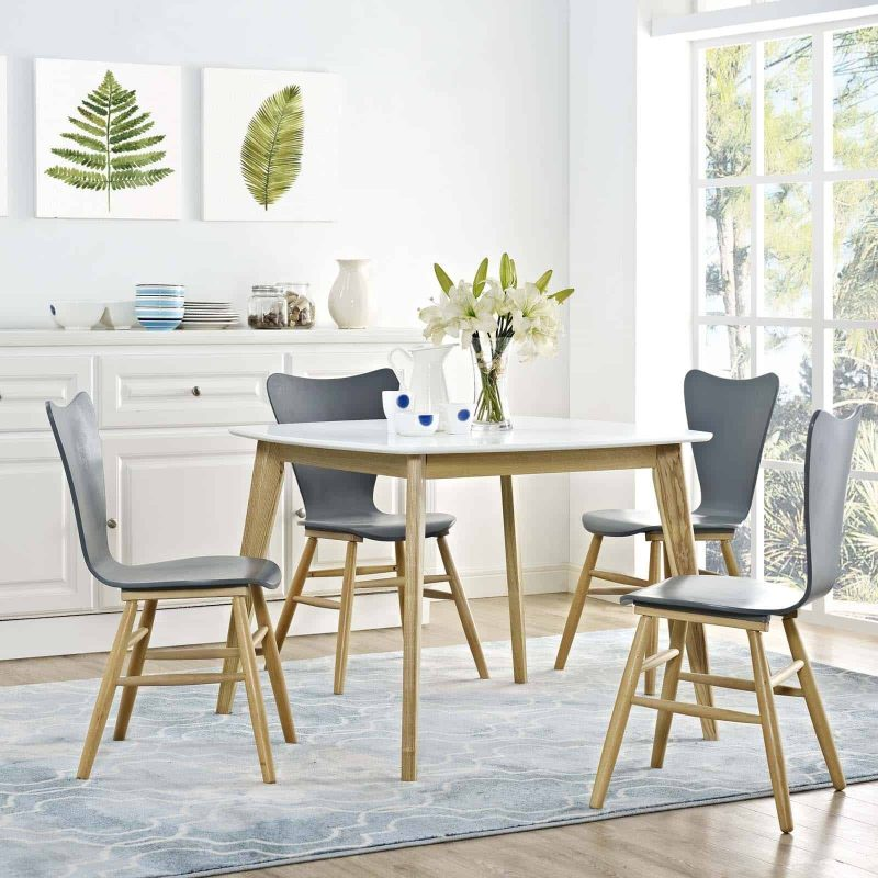 """Stratum 40"""" Dining Table in White"""